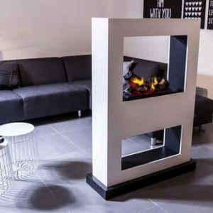 Ein Raumteiler als Blickfang Ihrer Wohnung kombiniert mit dem hervorragenden 3D-Wasserdampffeuer.